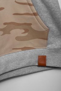 sand_camo_hoodie-detail1