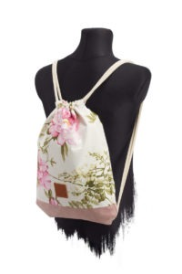 Rose_Wood_PINK_SportsBag-SIDE-R-AMA