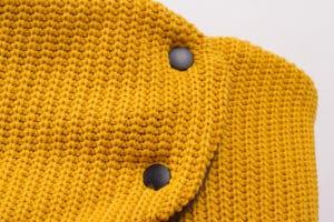 knit_windbreaker_mustard-detail-4411
