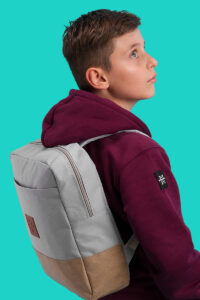 M13_Kids_Mini_Urban_Explorer_DayPack-CW2-Models-LUDO-6