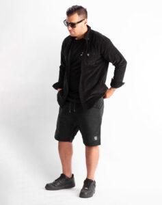 Cord_Shirt-BLACK-FELIX-1-507px